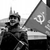 Un rus, povestindu-ne depsre o fata, Katyusha.                                              foto: Florentin Tufa
